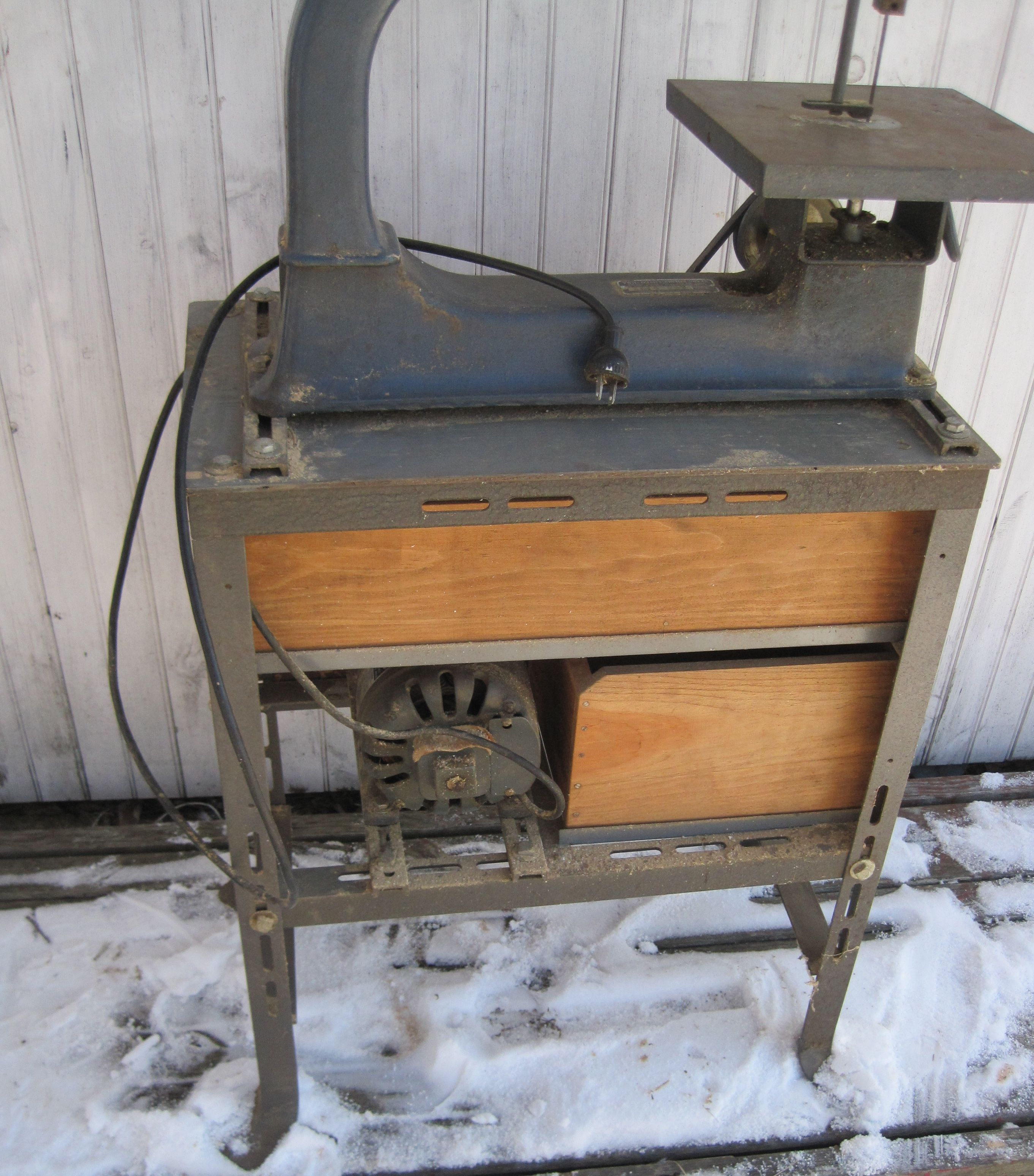Antique Scroll Saw: 1930s Sears Dunlap Scroll Saw Stand. Note The Bevel On The