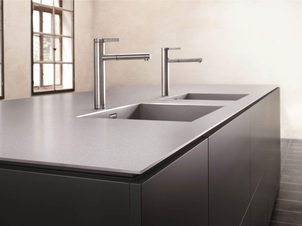 Küchendesign vor haus arbeitsplatten material vergleich unterschiede vor und nachteile
