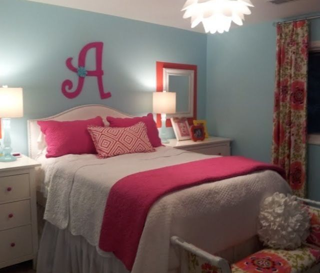 girls bedroom idea white bedding pink accents pattern