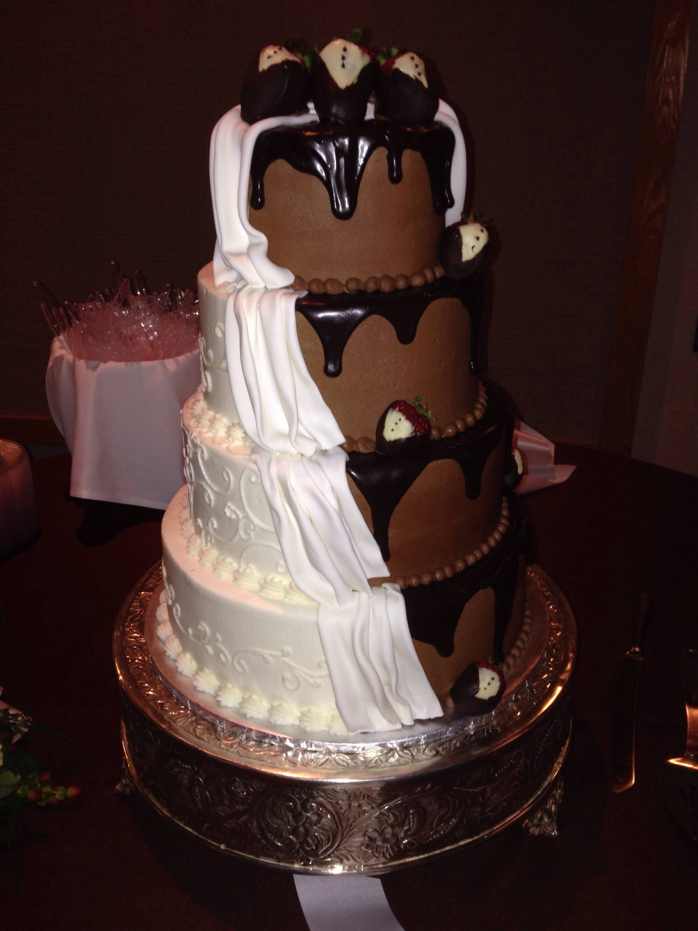 15+ Half wedding cake half grooms cake ideas