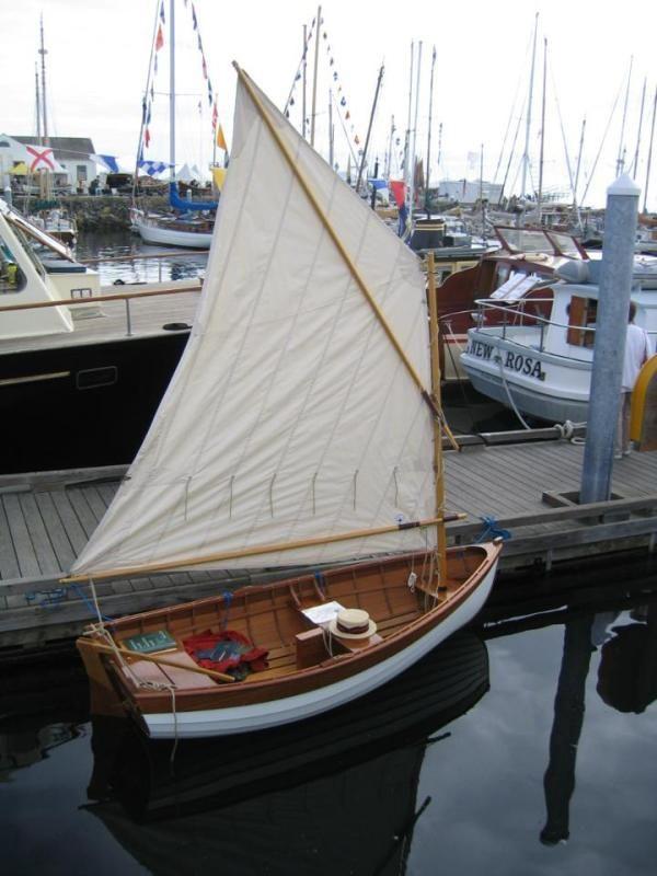 Mini Sailboat | Boat building, Boat, Sailing dinghy