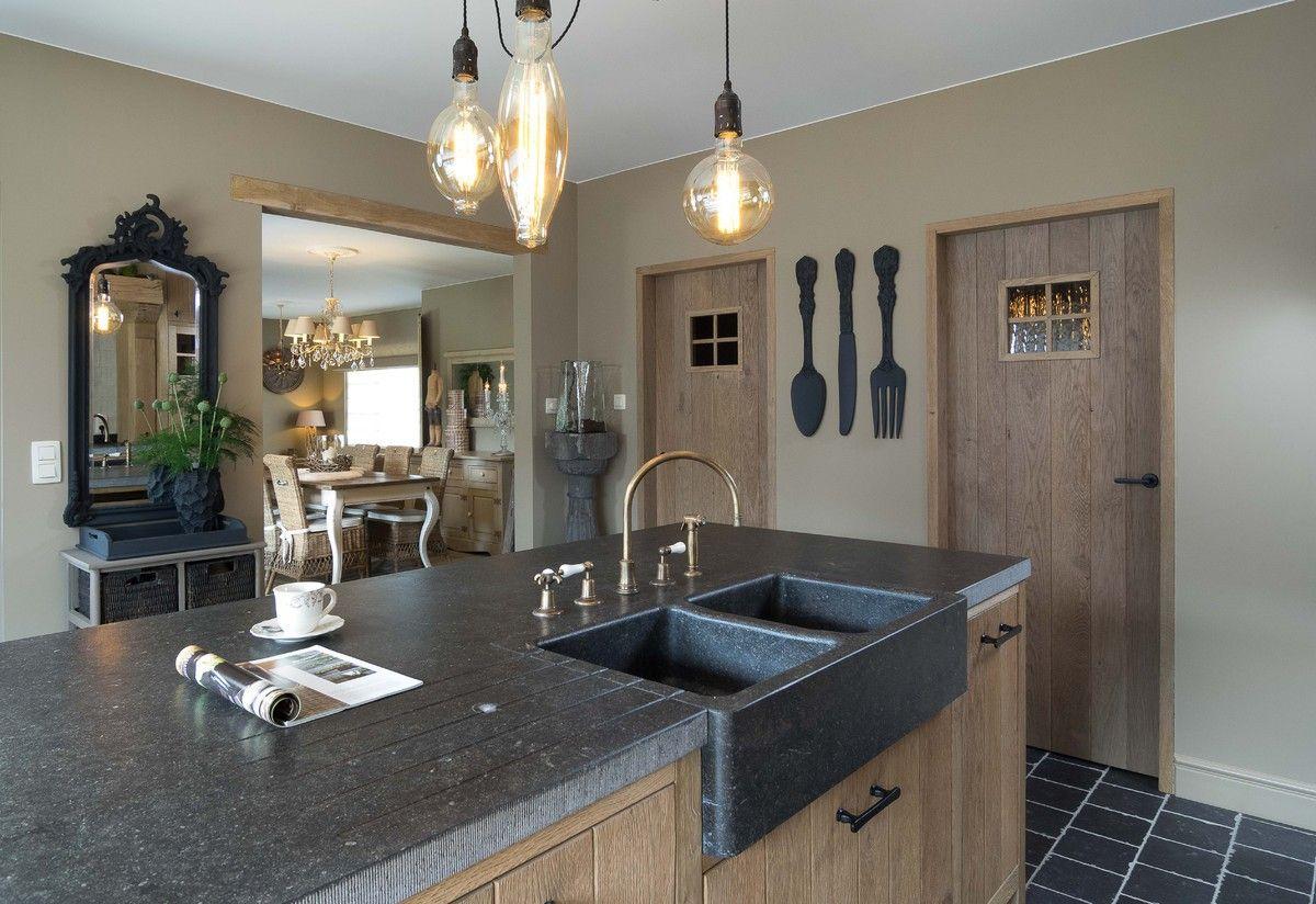 Retro Design Keuken : Rustieke retro keuken kitchen spaces in kitchen retro