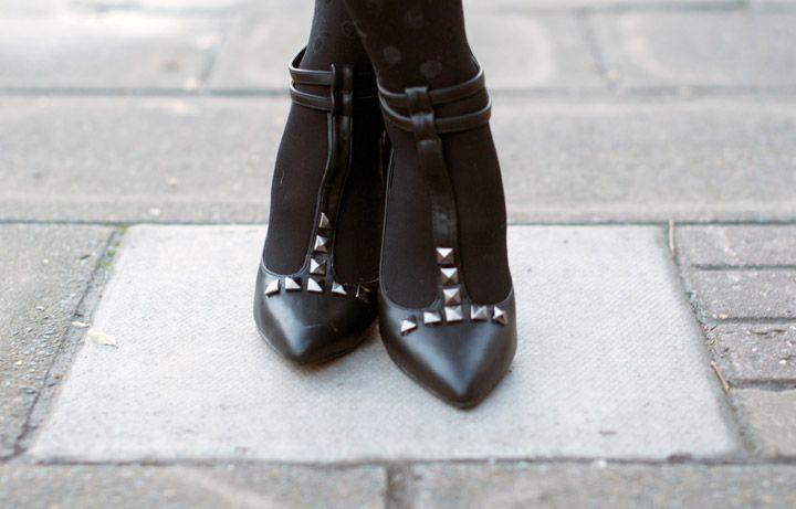 DIY studded heels a la Valentino | Clones N Clowns by Aimee WoodClones N Clowns by Aimee Wood