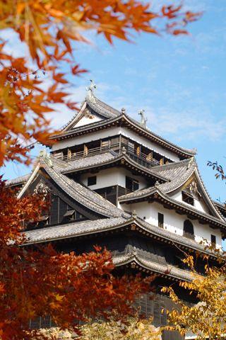 Matsue-jo Castle.Looking for more information aboout Shimane? Go Visit Matsue Tourist Association.    http://www.kankou-matsue.jp/