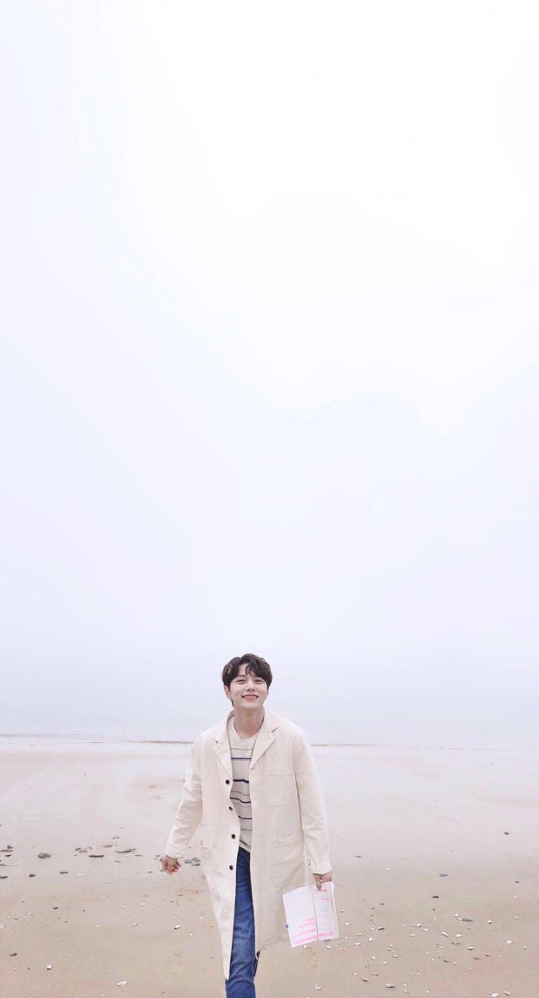 Pin oleh Hieiko Ling di  INFINITE L / Kim Myungsoo   Selebritas ...