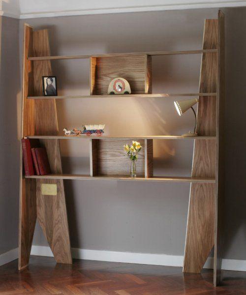 Libreria da terra in legno design fai da te noitools for Oggetti d arredo particolari