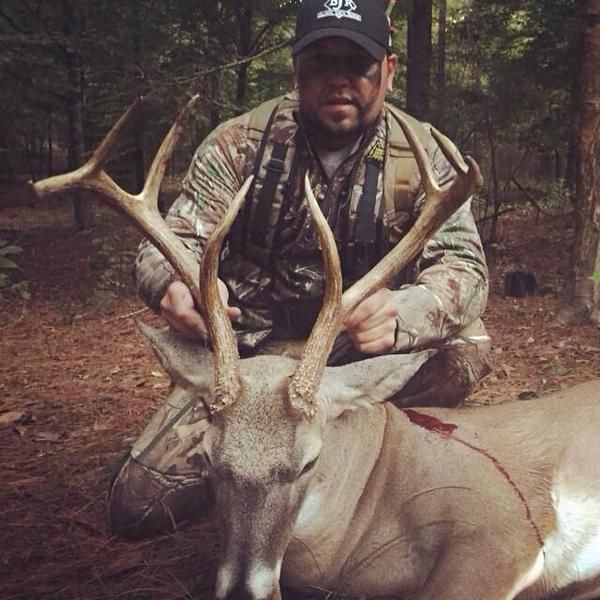 Congrats on the 8 Pointer Jason Aldean!