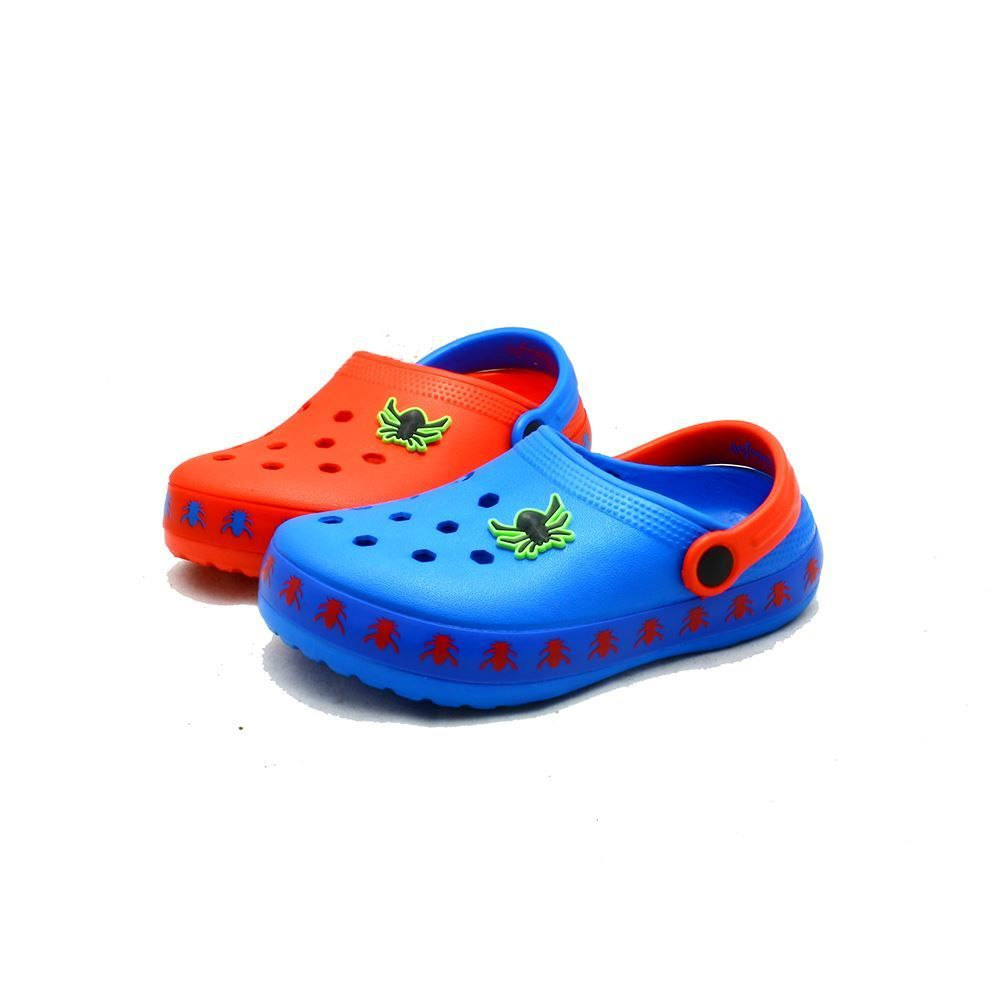 Blue rubber clog style beach shoes / sandals with spider to front KbYW7W