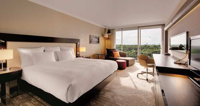 Hilton Hotel Munich Park Hotel In Munich Germany Hotel Book A Hotel Room Elegant Hotel