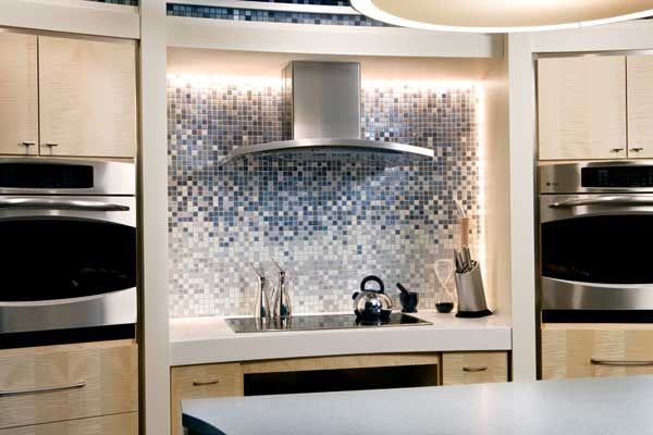 Custom Gradient Glass Mosaic Tile Stove Insert Kitchen Inspiration Design Glass Tiles Kitchen Glass Tile Backsplash Kitchen