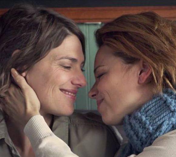 Serie avec lesbienne 2015-5999