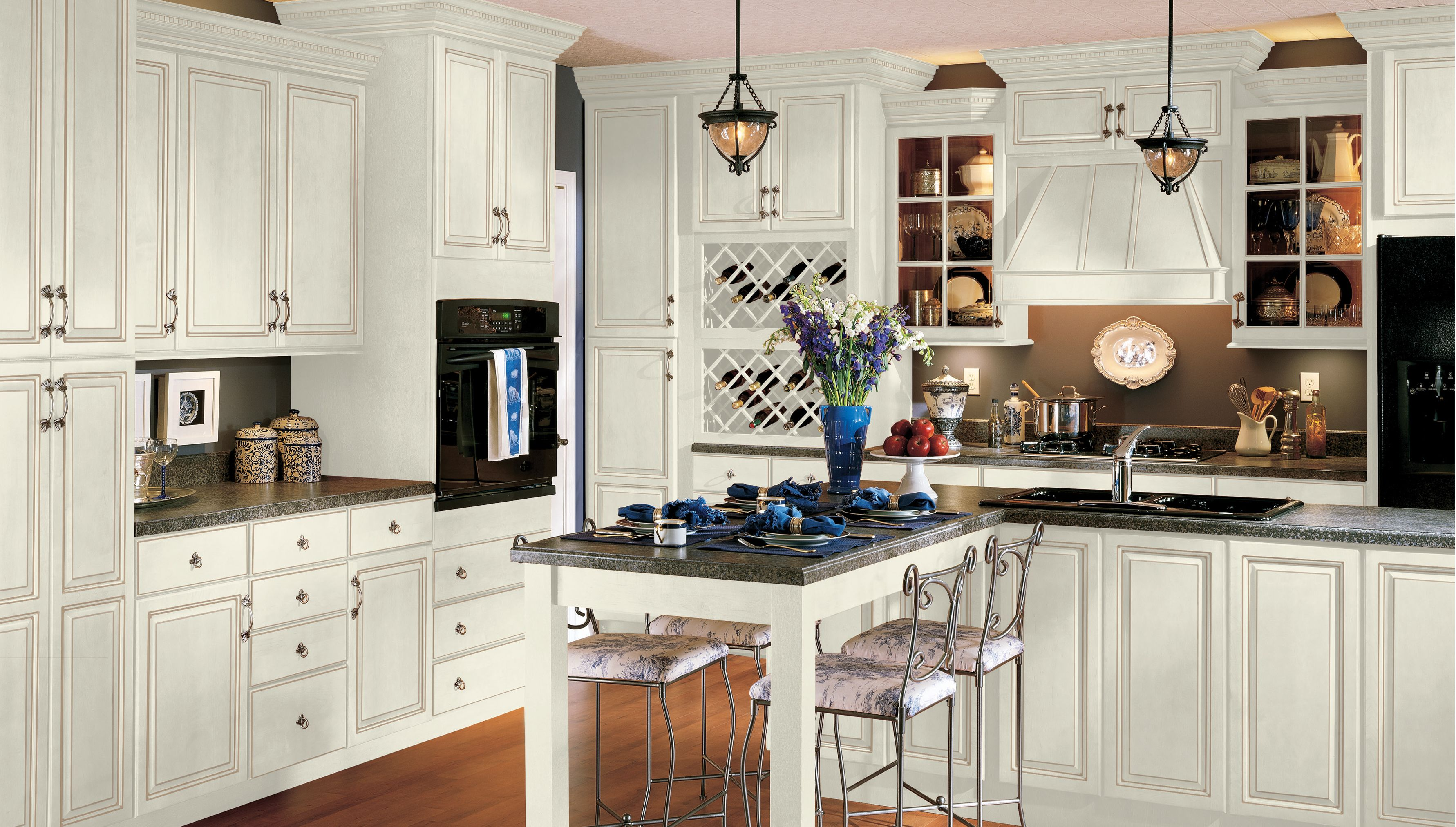 Benton Shaker Style Cabinet Doors Offer Broad Appeal At An