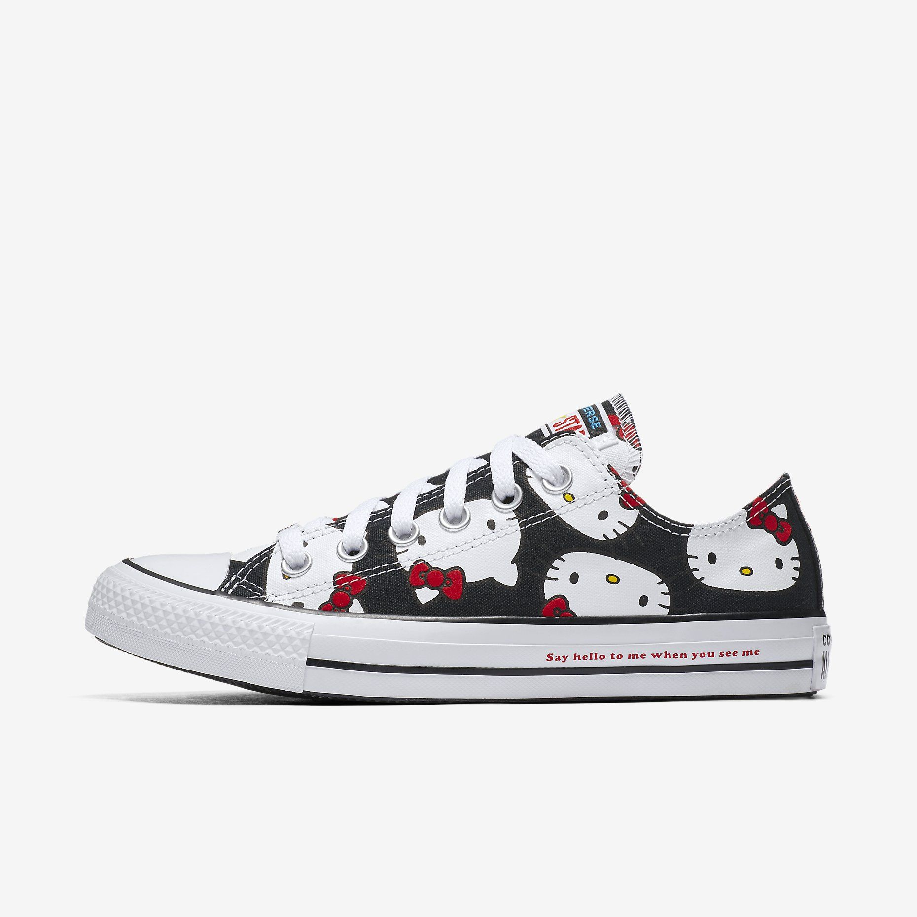 6967215647ae Converse x Hello Kitty Chuck Taylor All Star Canvas Low Top Unisex Shoe.  Nike.com