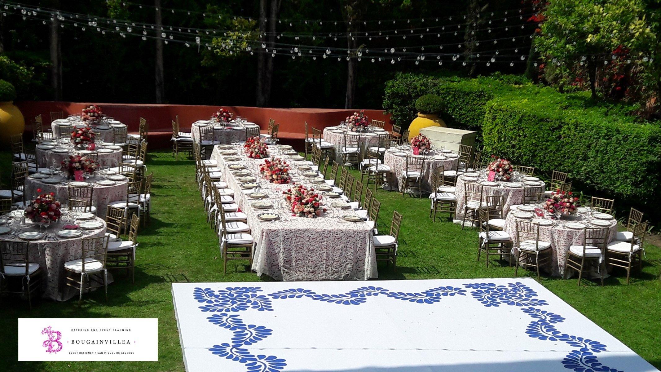 Lindo jardín para ese día tan especial  www.bougainvilleasanmiguel.com.mx Foto: Ernesto Morales #destinationweddings #sanmigueldeallende.#Guanajuato #weddingsmexico