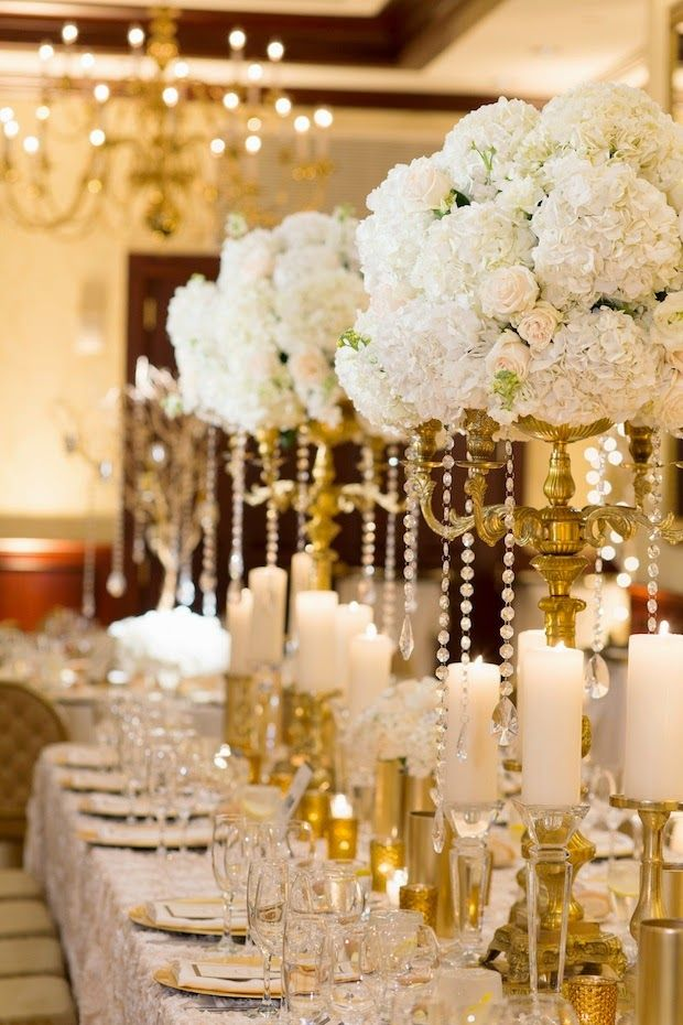 A silver and gold theme wedding decoration