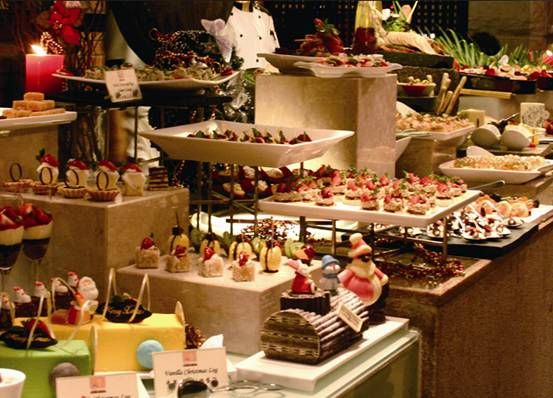 ideas for how to display food on buffet
