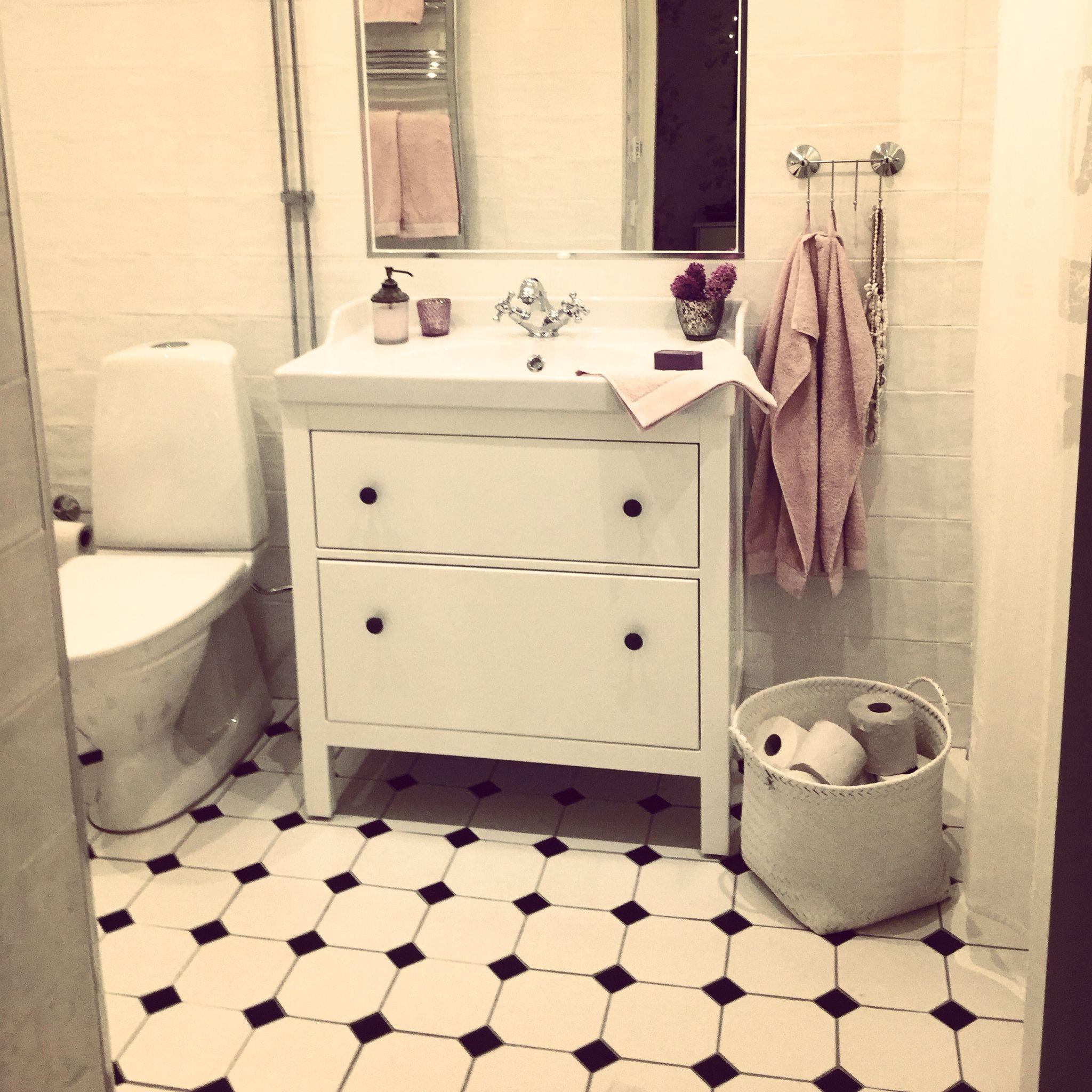 Pin By Stephanie Gleeson On Toiletd: Pin By Stephanie Alley On Bathroom
