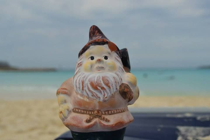 Travelling gnome in the Bahamas