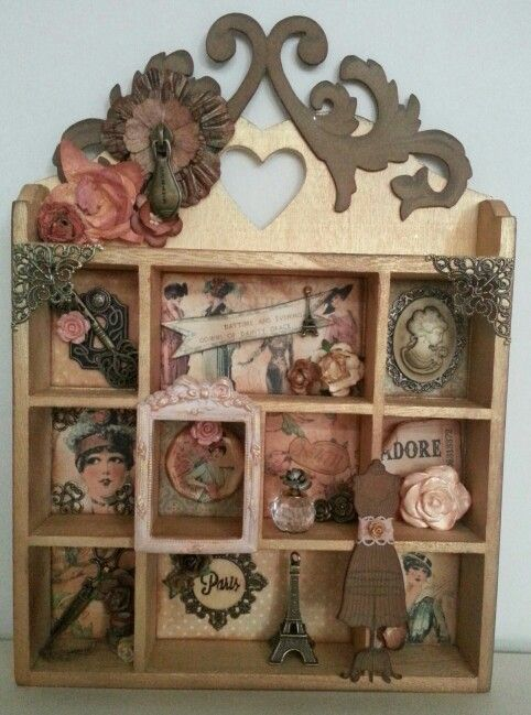 Shadowbox made with Graphic45 paper, Tim Holtz emblissements ♡