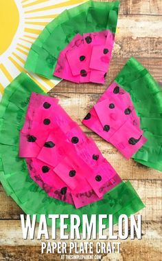 Make this fun watermelon craft with your kids! Paper plate crafts are easy for kids & Make this fun watermelon craft with your kids! Paper plate crafts ...