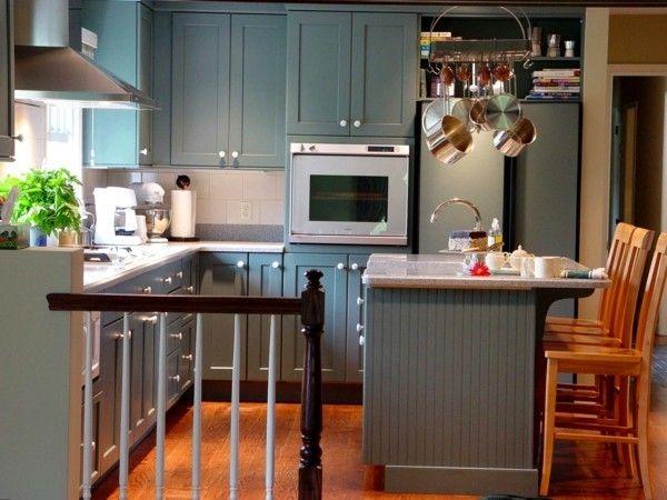 küche mit kochinsel kleine küche mit grünen küchenschränken und - kleine küche mit kochinsel