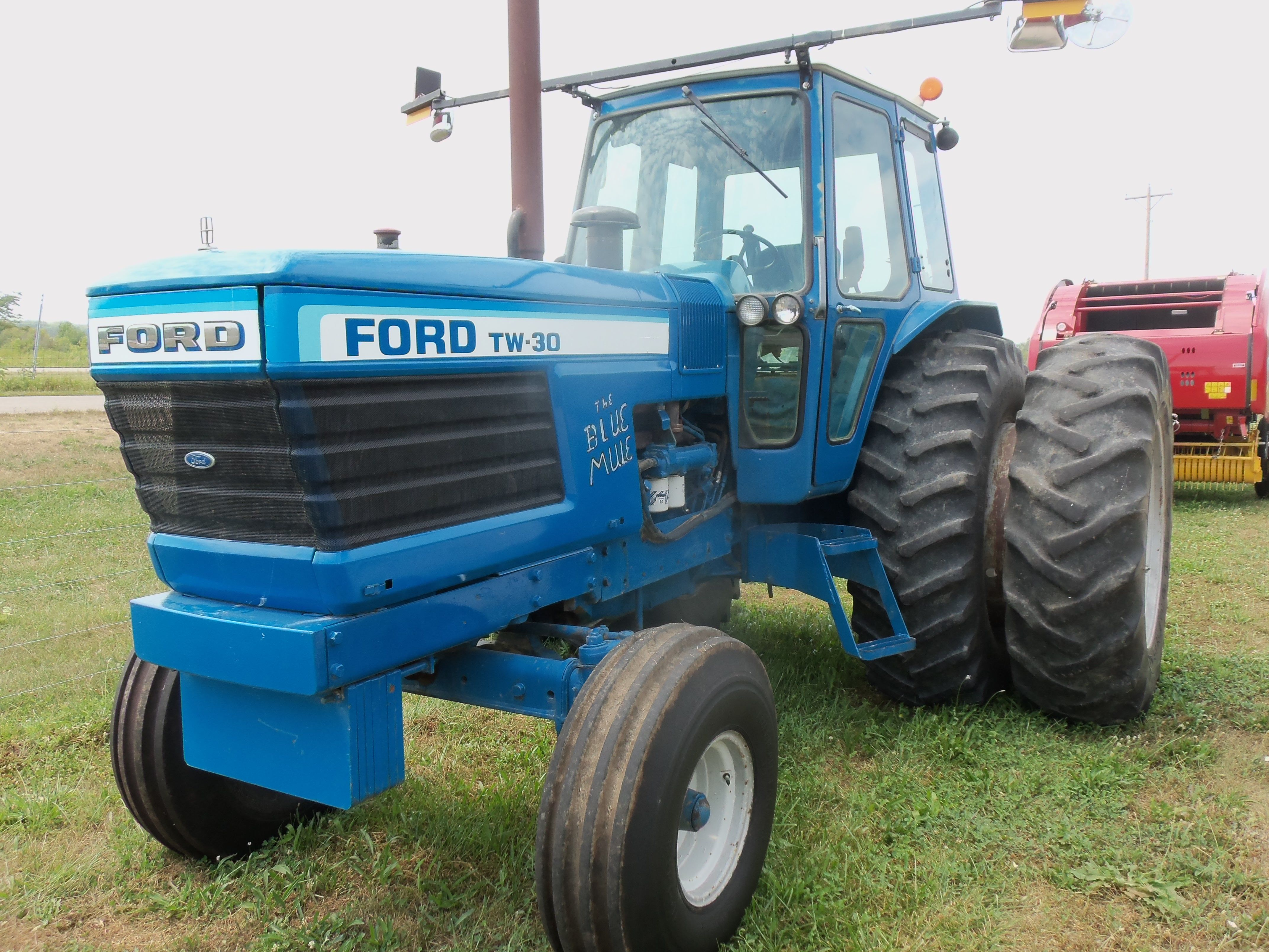 hp ford tw  ford tractors equipment