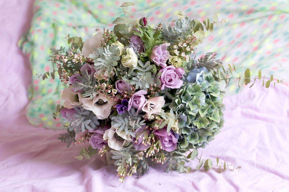 Lovely flower blogs 6 Roses by Claire Bouquet mariée