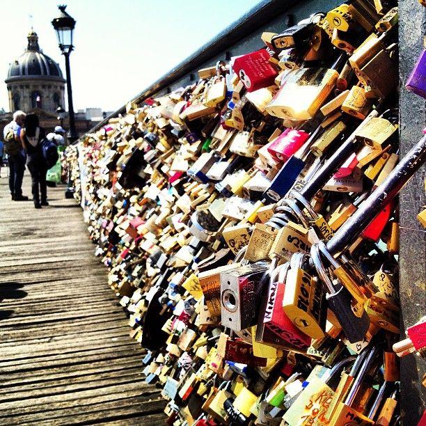 Pont des Arts in Paris, Île-de-France