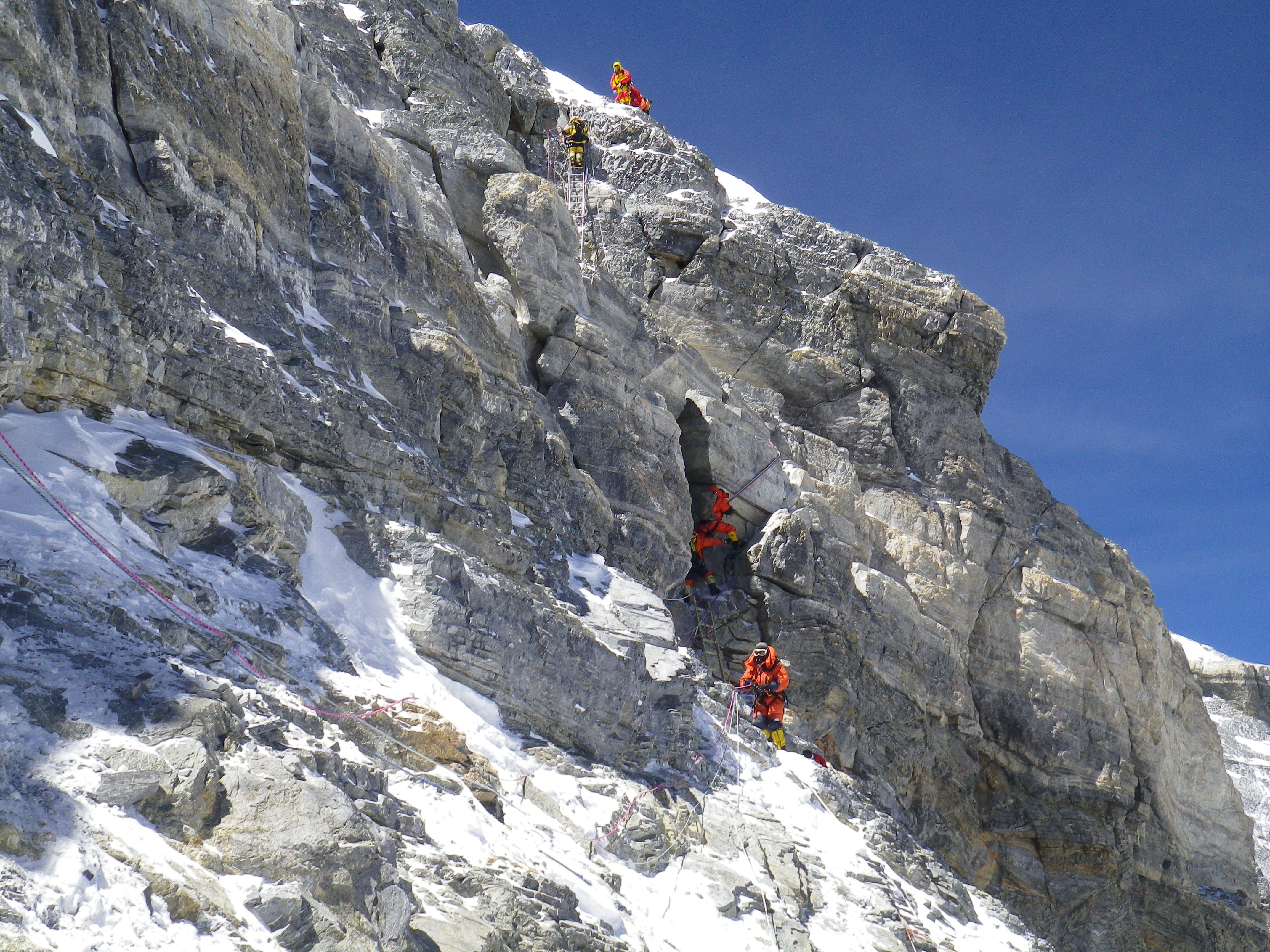 everest north ridge climb - 2nd step & everest north ridge climb - 2nd step | everest | Pinterest
