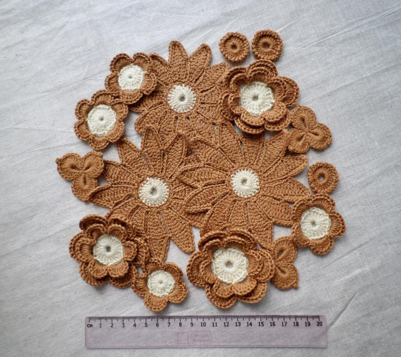 Crochet woolen flower motifs, brown flower applique, Irish crochet flower, irish lace, crochet decor, hat clothes embellishment #irishcrochetflowers