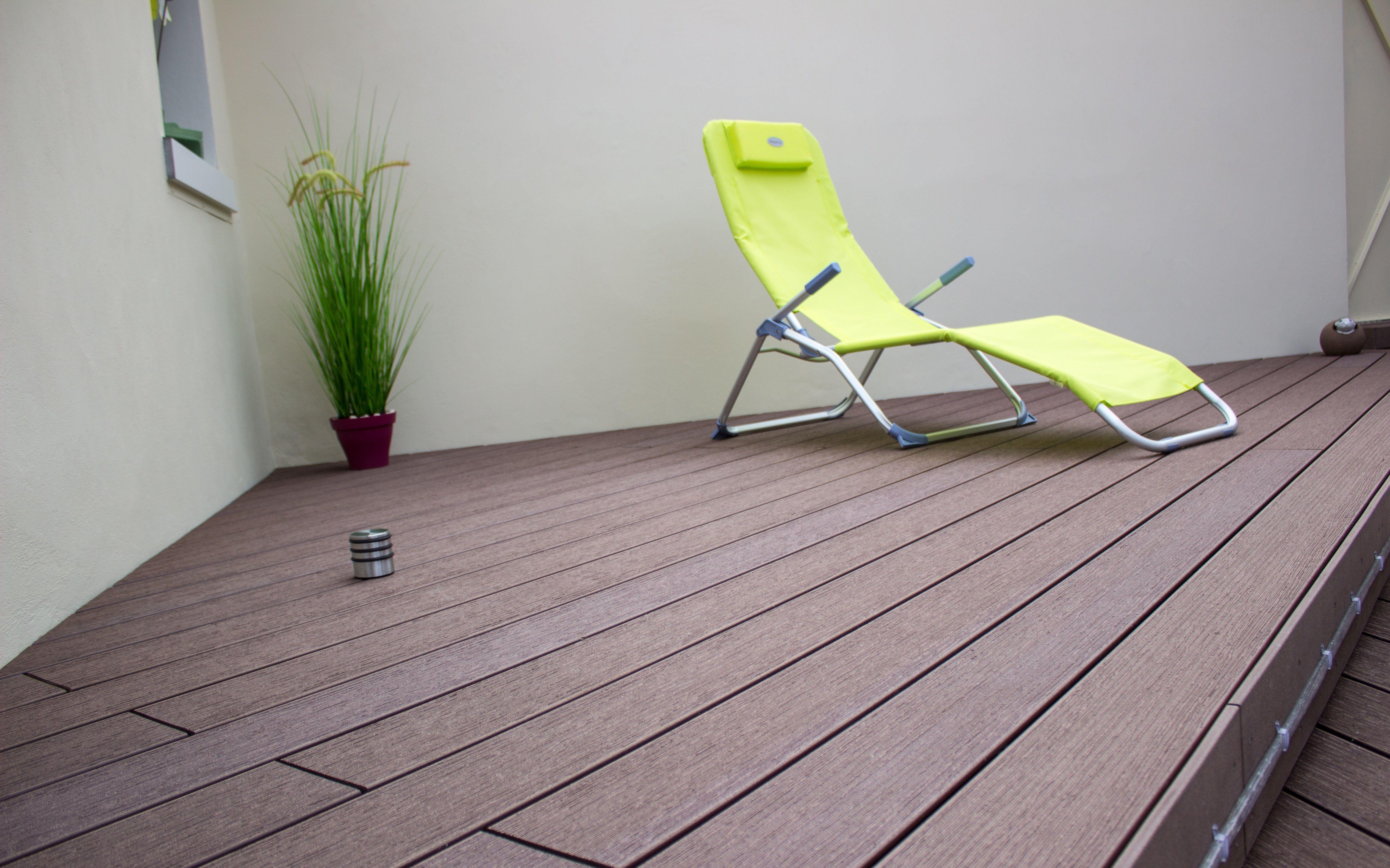 Lames De Bois Exterieur terrasse très cosy réalisée en lame de bois composite