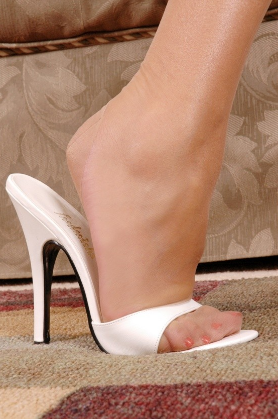 Sexy heelpopping feet shoeplay at council meeting - 2 part 6