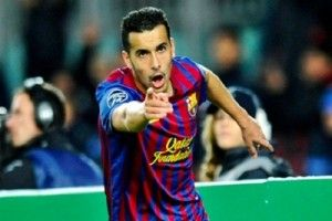 """Spanish footballer Pedro revealed his national teammate Victor Valdes warned him about his """"problem"""" of playing under Manchester United coach Louis van Gaal before he joined English football club Chelsea."""