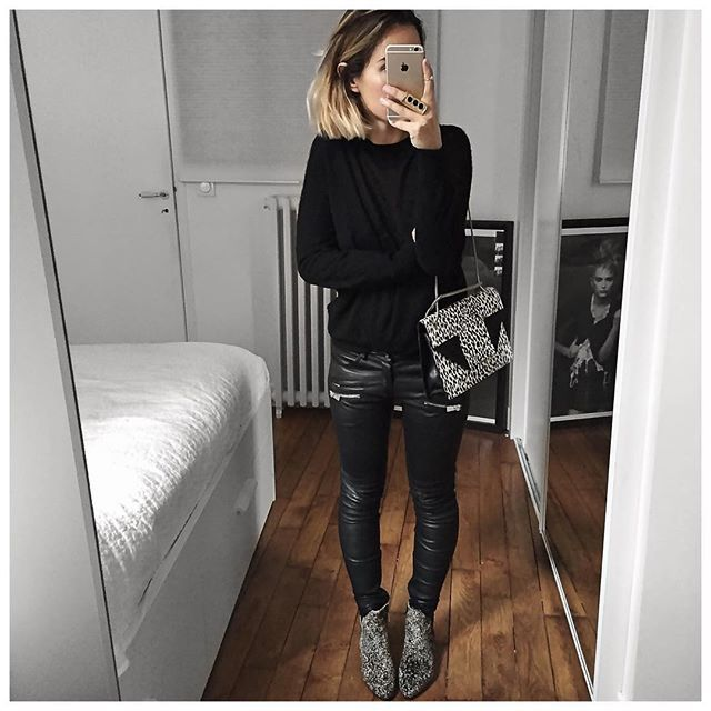 Tout noir ou presque! Bonne soirée! • Cashmere Knit #ericbompard (from @ericbompard) • Leather Pant #aninebing (on @cyrielleforkure) • Bag #saintlaurent (from @vestiaireco) • Boots #isabelmarant (on @farfetch) • Ring #chloe (from @monnierfreres) ...