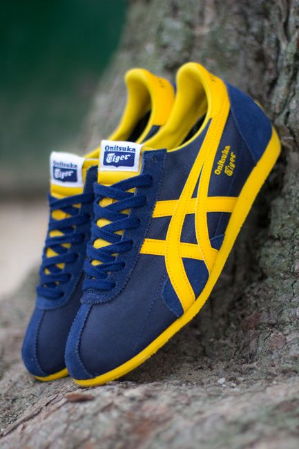 5d39b8237324 Onitsuka Tiger Runspark  Blue Yellow