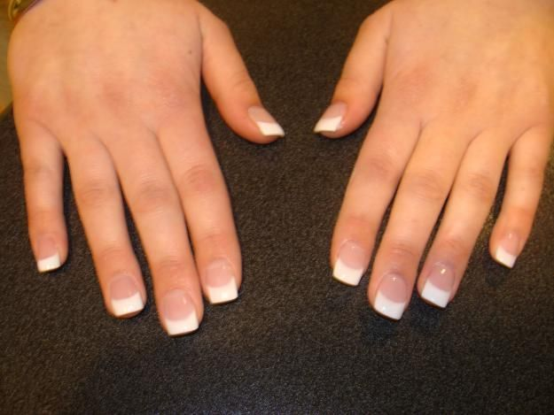 Short French Acrylic Nails French Tip Acrylic Nails French Acrylic Nails Acrylic Nail Tips