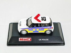 1/72 REAL-X Model Collection UK POLICE No. 506 - MINI Cooper Patrol Car Figure White Color