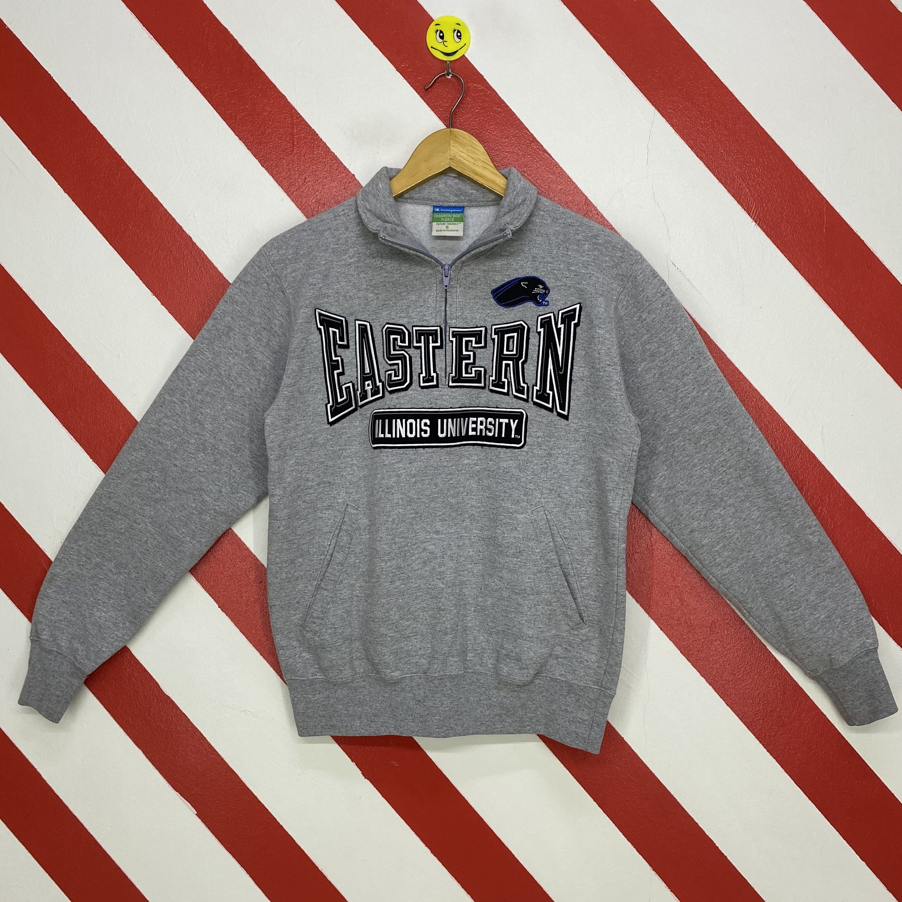 Excited To Share This Item From My Etsy Shop Vintage Eastern Illinois University Sweatshirt Eastern Illinois Cr Sweatshirts University Sweatshirts Patch Logo [ 3000 x 3000 Pixel ]