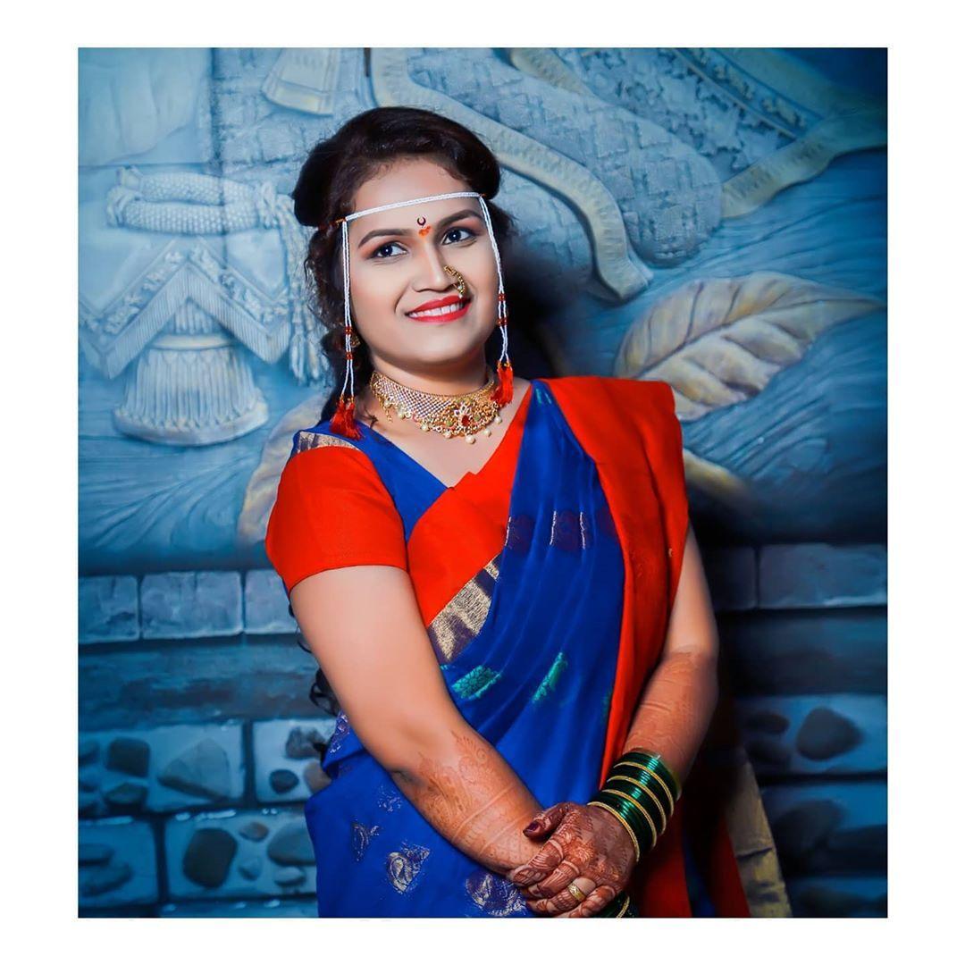 bridesmile photo by @santosh_tarte_photography Booking open Nov - Dec For enquiries : 9175581667 #indianwedding #naturallook #mua #makeupthailand #indianbride #portratepainting #phototag #dress #decorations #eventplanner #canon5dmarkiv #black #weddingseason #makeup #graphicdesign #candidphoto #portrait #portraitphotography #hindu #goaindia #candid #photooftheday #color #instagram #weddings #indianphotography #weddinghiglight #santoshtartephotography #call_9175581667 #nanded