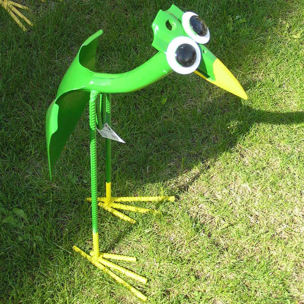 Dinosaur Lawn Decorations I Love Crazy Stuff In My Garden Products Gadgets Pinterest
