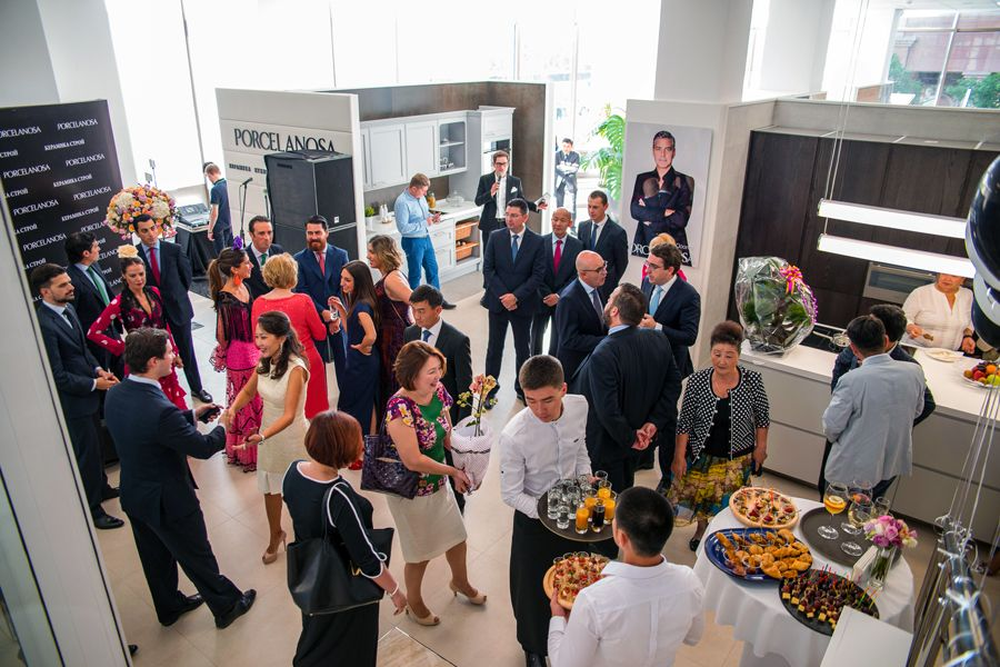 Noken in the opening of new @porcelanosa #showroom in Astanà. The Imagine seduction