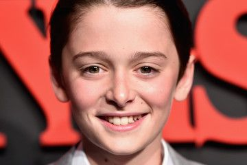 noah schnapp eye color