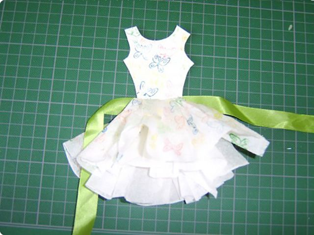 Платье из бумаги аппликация