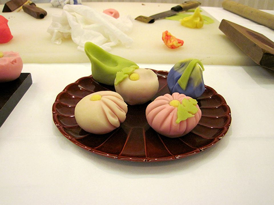 Wagashi, with its sweet taste, is usually paired with Japanese green tea to create a balance with its bitter flavor.
