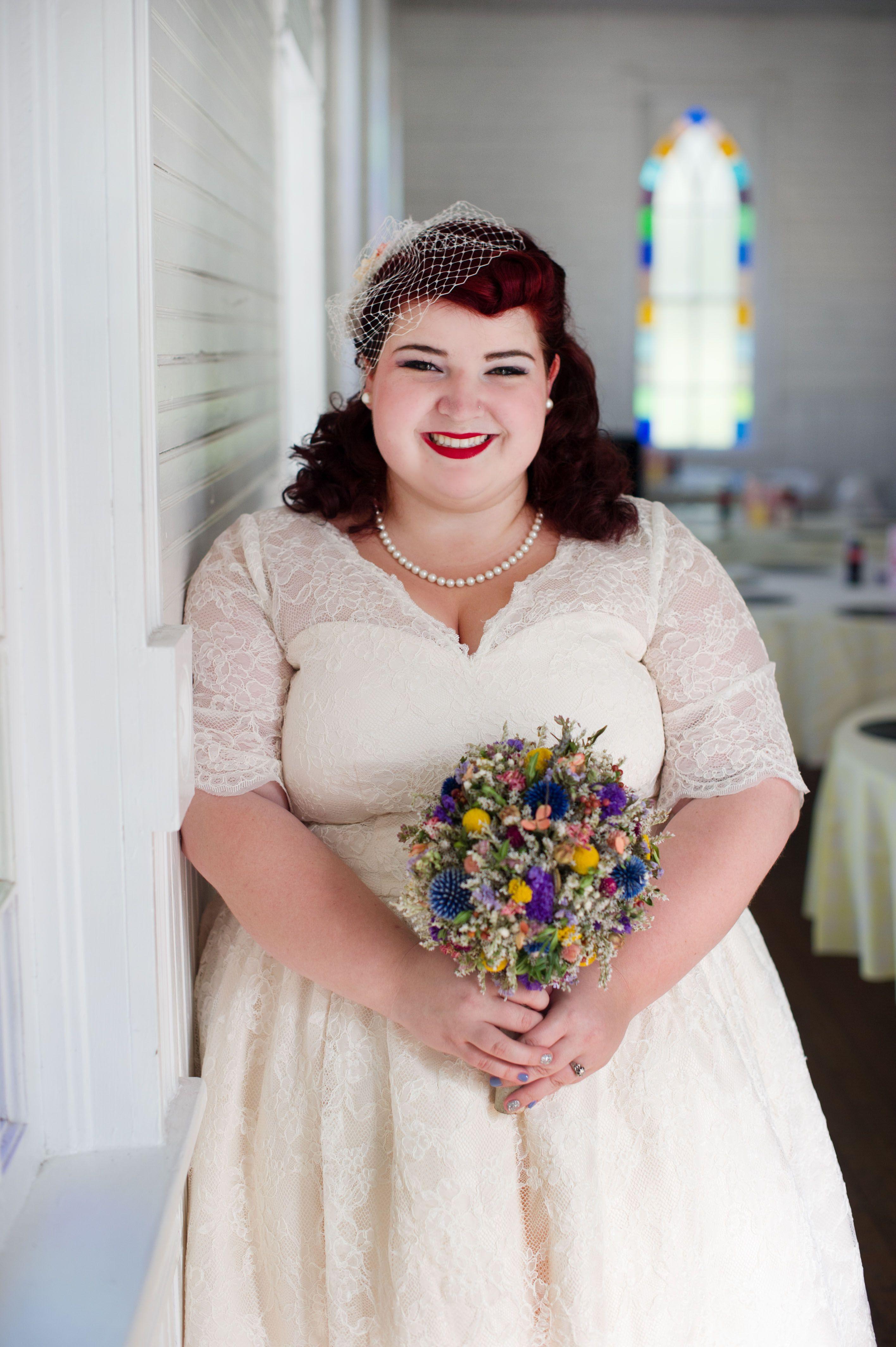 Vintage-50s-Inspired-Jewish-Wedding-Jenna-Leigh-Photo-11.jpg 2,832×4,256 pixels