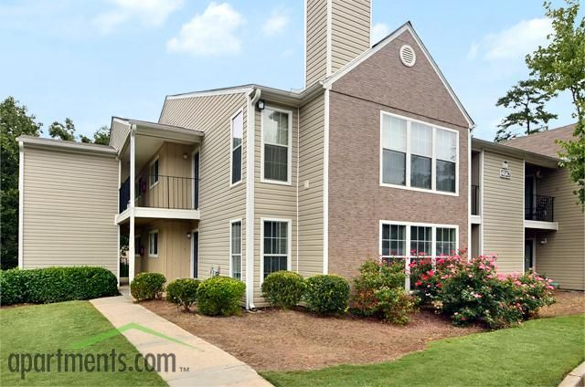 The Retreat At Arc Way Apartments In Norcross Ga Apartments Com Gorgeous Reasonably Priced Has A Sun Room Renting A House Finding Apartments Apartment