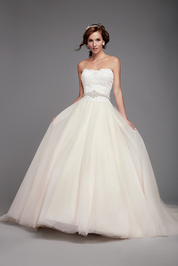 The Blushing Bride For Brides Looking Coloured Wedding Dresses These Romantic Lace Gowns Blooms