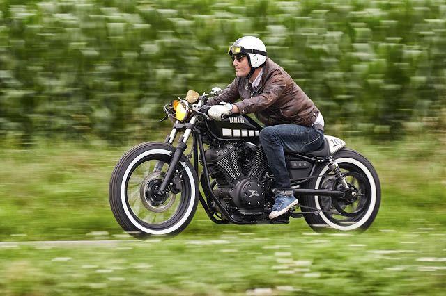 Yamaha XV950 Bobber Cafe by Kingston Custom #motorcycles #bobber #motos | caferacerpasion.com