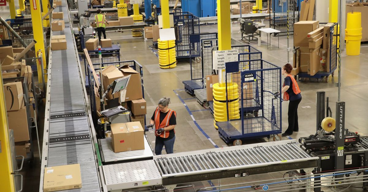Amazon Eliminates Monthly Bonuses And Stock Grants After Minimum