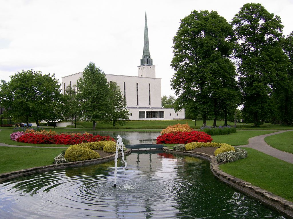 London England Temple | Click to enlarge this image of the London England Mormon Temple